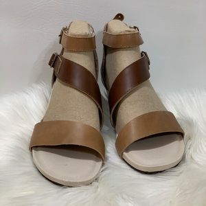 "Jambu ""Capri"" Brown/Latte Sandal W/ Dust Bags"